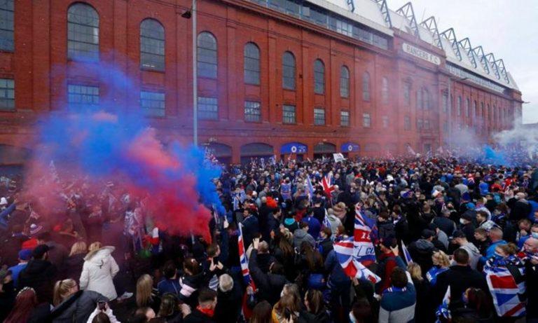 Ρέιντζερς: «Κράξιμο» για τον συνωστισμό οπαδών στους πανηγυρισμούς για το πρωτάθλημα